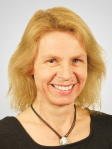 Dr. Birgit Cramer